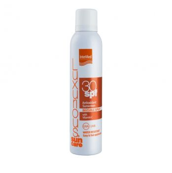 Intermed Luxurious Suncare Antioxidant Sunscreen Invisible Spray με Βιταμίνη C SPF 50+ 200ml